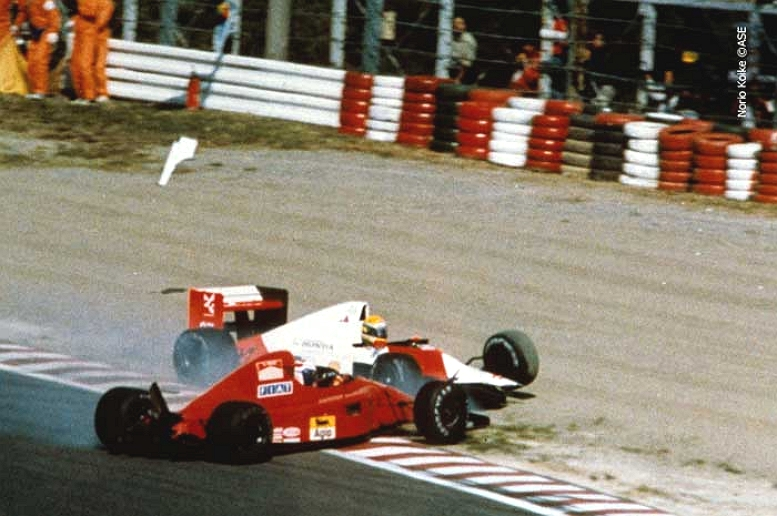 SENNA PROST CRASH 2