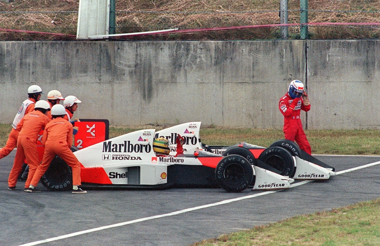 SENNA PROST CRASH